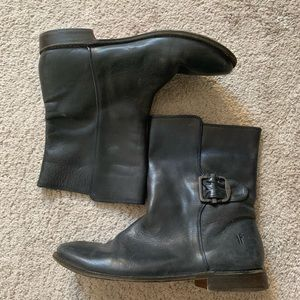 Like new Frye booties, excellent condition